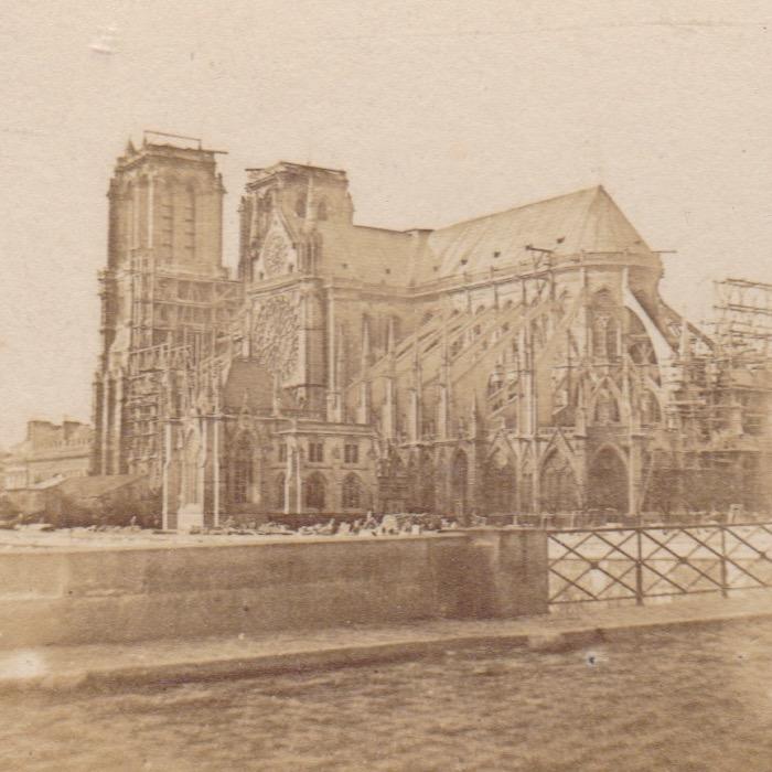 Stereo Notre Dame Parijs 1850 sq