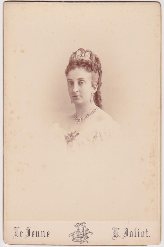 Cabinet - Princess Marie Isabelle d'Orléans - front