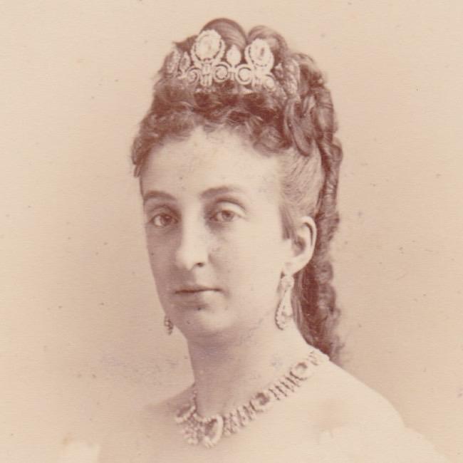 Cabinet - Princess Marie Isabelle d'Orléans - square